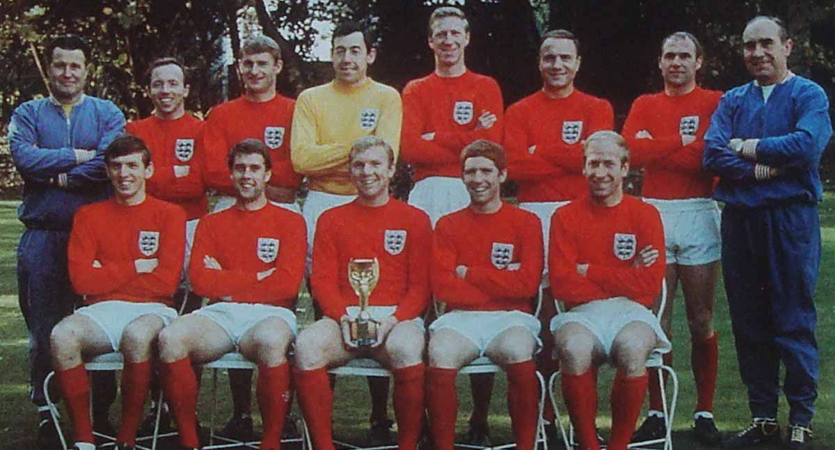 England Classic football shirt 1966